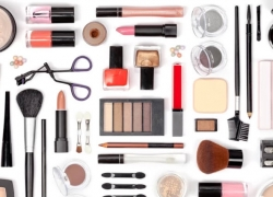 4 Things to Consider When Shopping For Safer Beauty Products